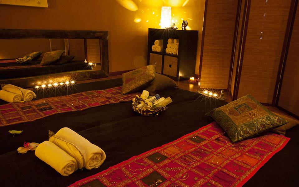 sabana-cojin-estancia-masajes-shiva