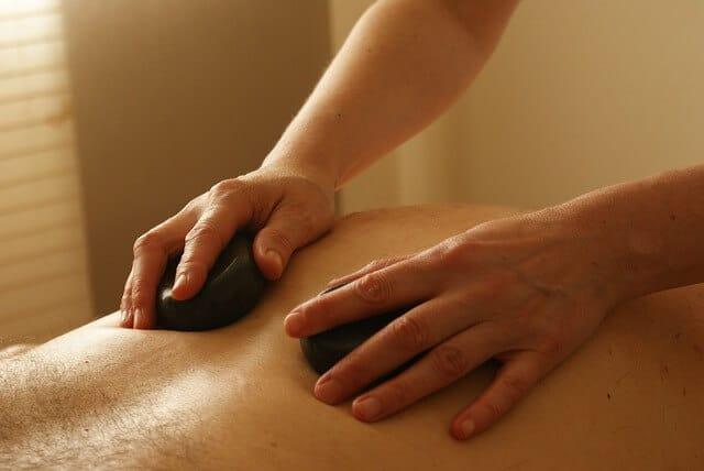 ¿Qué es un masaje prostático?